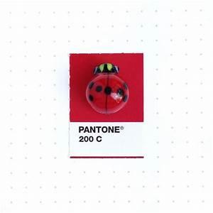 Code Couleur Pantone : couleurs 50 objets associ s leurs pantone olybop ~ Dallasstarsshop.com Idées de Décoration