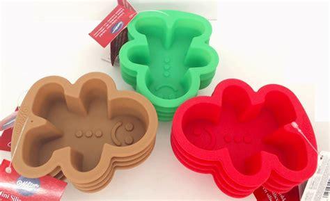 wsmgpk wilton silicone  pack mini gingerbread boy molds