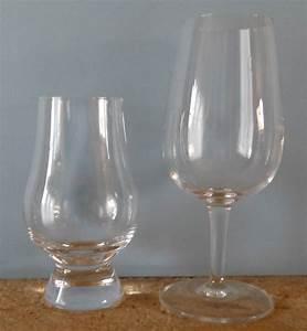 Verre à Whisky Tulipe : quel verre pour d guster un whisky single malt r ves de whisky ~ Teatrodelosmanantiales.com Idées de Décoration