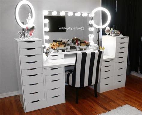 Ikea Vanité by Best 20 Vanity Mirror Ikea Ideas On Vanity Set