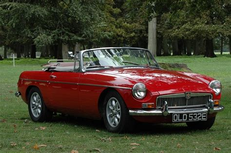 oldtimer mg  car  photo  pixabay