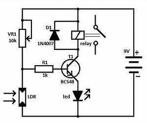 light operated relay circuit With water activated relay