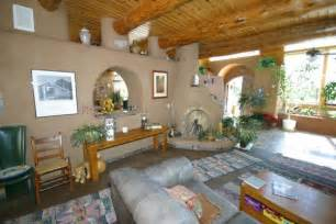 Primitive Bathroom Decorating Ideas by 10 Reasons Why To Build An Earthship Csglobe