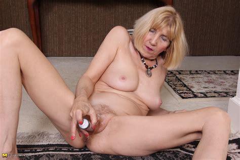 Mature American  American Mature Porn Videos And Sex