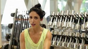 Bella Falconi: pernas e glúteos desenhados com a musa ...