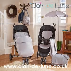 babies  travel laid flat   car seat infant
