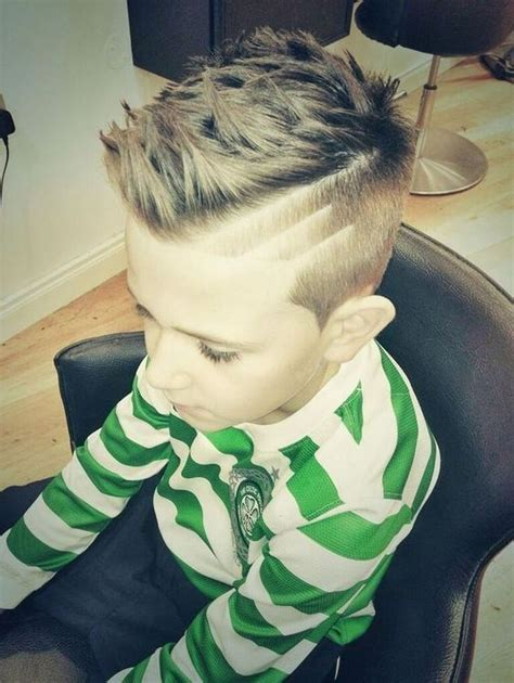 Mohawk Hairstyles For Boys by The 25 Best Boys Mohawk Ideas On Mohawk For