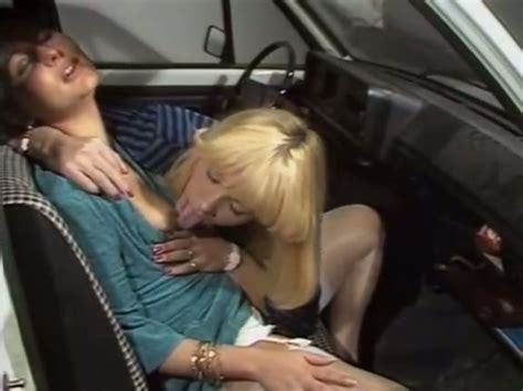 Two Horny Chicks Please Each Other Orally In The Front