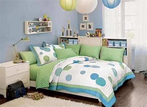 bedroom decorating ideas blue and green