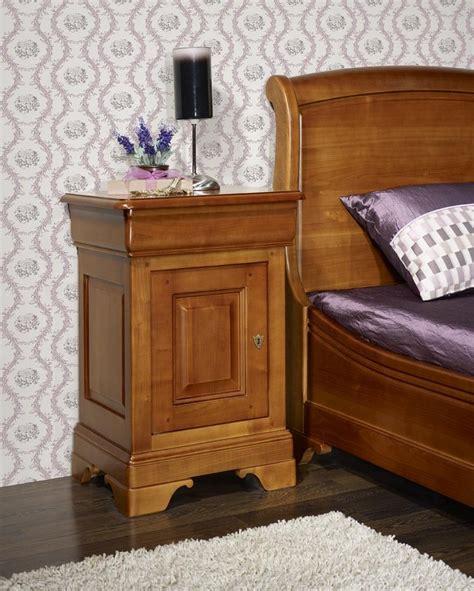 chambre louis philippe merisier massif chevet louis philippe merisier massif