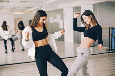 beautiful slender girls  dancing  gymnastics
