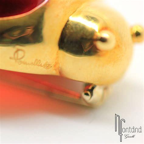 coccinella pomellato pomellato spilla quot coccinella quot in oro giallo e granato