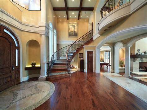 $6.995 Million Lakefront Mediterranean Mansion In Winter