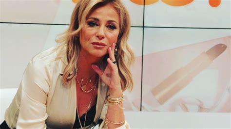 Her earliest recurring screen role was on rua sésamo. Alexandra Lencastre admitiu ter sido vítima de violência doméstica