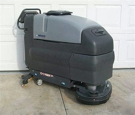 Automatic Floor Scrubber Used by Automatic Floor Scrubber Advance 26 Auto Scrubber