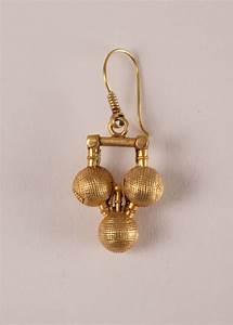 22 Karat Gold Wert Berechnen : 22 karat gold tribal indian dangle wire earrings with three balls fair trade antiques ~ Themetempest.com Abrechnung