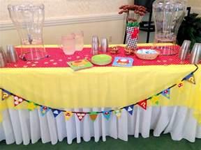 Retirement Party Table Decoration Ideas
