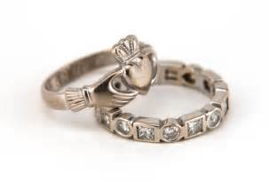 claddagh wedding ring set wedding ring sets gallery slideshow