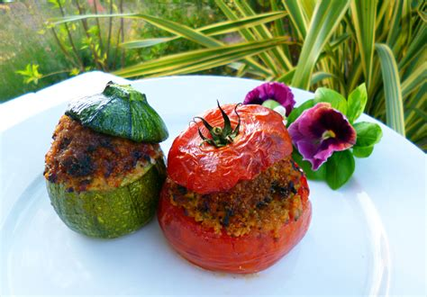 cuisiner le basilic tomates et courgettes farcies au basilic la recette