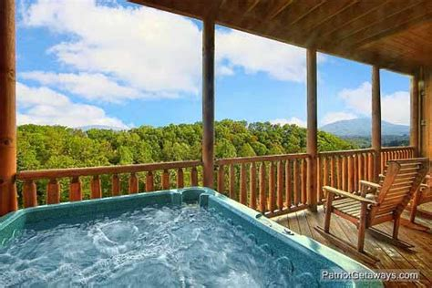 tub mountain view majestic mountain view a pigeon forge cabin rental