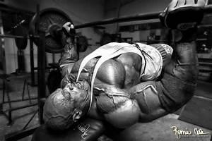 Bodybuilder  Ronnie Coleman Chest Workout