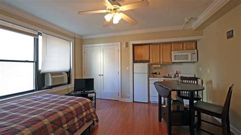 18 East Elm apartments, 18 E Elm St, Gold Coast ? YoChicago