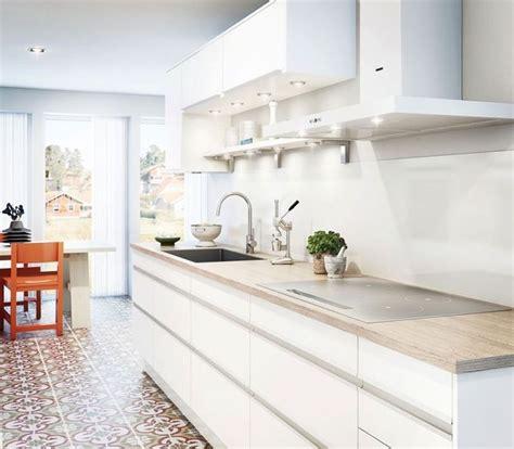 restaurer plan de travail cuisine idée relooking cuisine plan de travail cuisine 50 idées