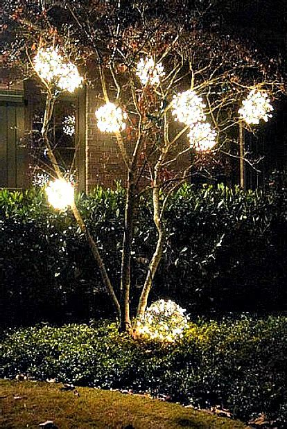 christmas lights for outside trees 15 beautiful christmas outdoor lighting diy ideas making lemonade