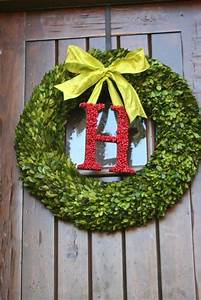 i think we should do a wreath like this with the letter a With letter a wreath