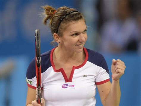 Simona Halep - Bio, Facts, Family | Famous Birthdays