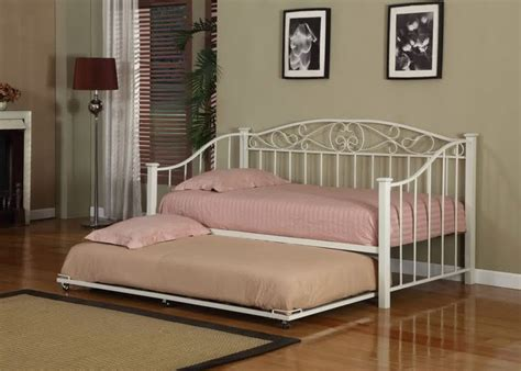 Best 25+ Queen Size Daybed Frame Ideas On Pinterest