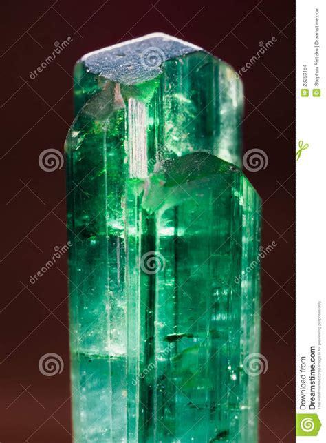 pedra preciosa verde uncut rara  turmaline de paquistao
