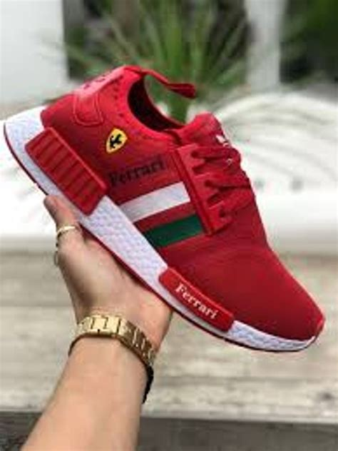 Find a comfortable fit to hit the ground running or casual nmd runners for everyday style. Tênis Adidas Nmd Ferrari Feminino Ultimo Par 36 ...
