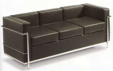 Divano Lc2 Di Le Corbusier