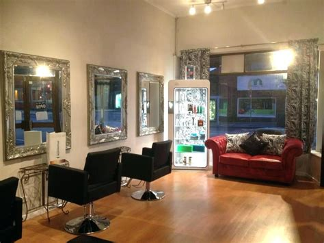 good small hair salon decorating ideas the romancetroupe