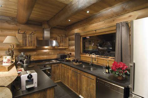 cuisine style montagne chalets nordika constructeur bois à bolquère pyrénées