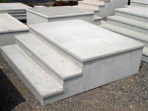precast cement steps http www replacementtrailerparts prefaboutdoorsteps 1624
