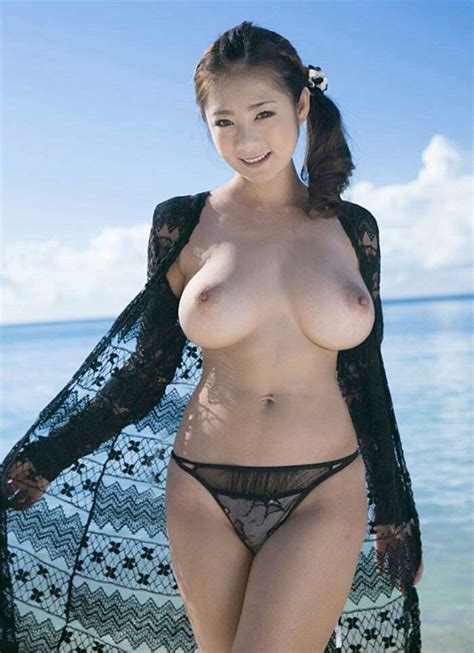 Busty Beach Babe Juicy Asian Girls Sorted Luscious