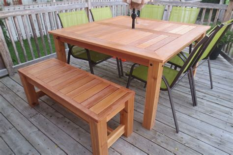 Patio Table by White Cedar Patio Table Diy Projects