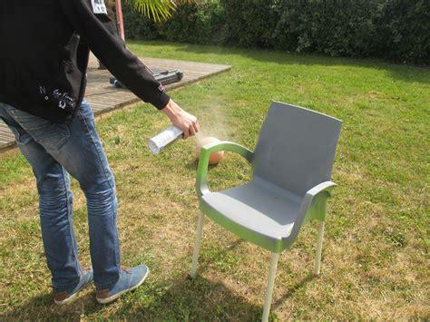 chaise jardin plastique quelle peinture pour chaise de jardin en plastique