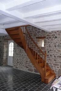 20170924190546 modele d escalier peint avsortcom With couleur beige peinture murale 18 le tapis pour escalier en 52 photos inspirantes