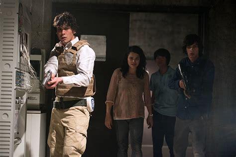Preparing for 'The 100' season 2 finale: Will Bellamy succeed?