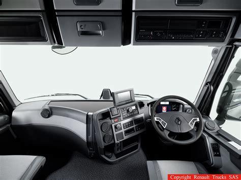 renault trucks a pr 233 sent 233 une nouvelle gamme