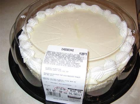 costco cheese cake  serves    depending