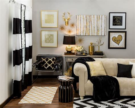 Black White Statement Decor by 17 Best Ideas About White Gold Room On Gold