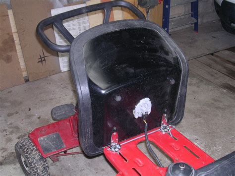 siege pour tondeuse autoport馥 siege pour tondeuse autoport 100 images siège mousse autoporté tracteur