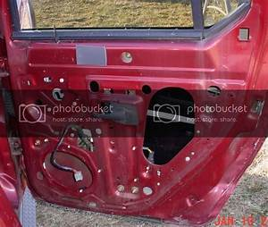 Rear Door Latch 2001