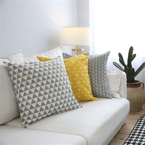 plaid canapé gris modern sofa cushion cover yellow grey cotton linen