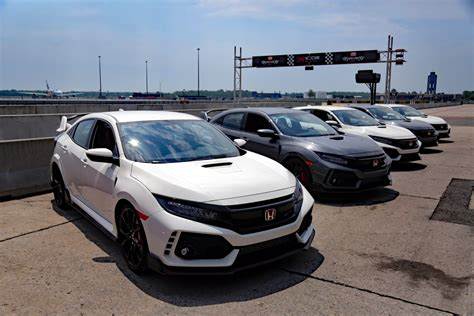 Review Honda Civic Type R by 2017 Honda Civic Type R Review Autoguide