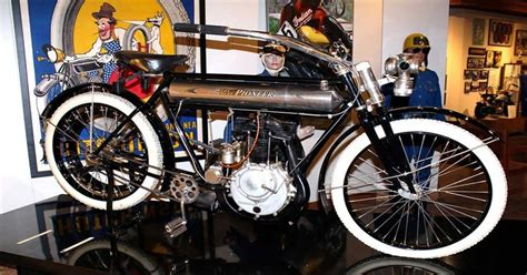 Royal Pioneer Was The Luxury Motorcycle Brand Of The Early